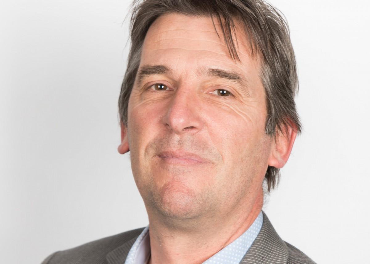 Emile den Os - docent Schuldhulpverlening 2.0